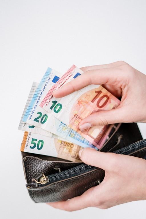 geld euro een keer uitgeven